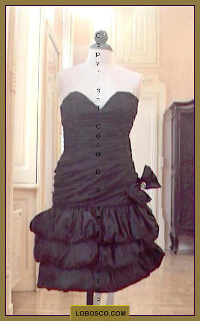 lobosco.com_00002165_abiti_corti_cocktail_dress_donna_woman_nero_balck_costumi_teatrali_storici_carnevale_spettacolo_costumes_clothing_theatrical_historical_carnival_performance_sd044.jpg